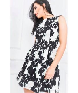 Zelené šaty s kvetmi 585d83e3555